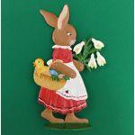 すず製オーナメント/花を集めるウサギの女の子 12702